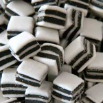 Taverners Black & White Mints (Liquorice) (100g) (Best Before: 03/2019)